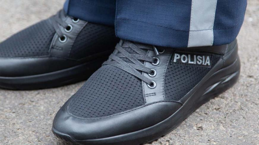 police-clothes-5