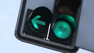 Новые светофоры со стрелками появятся в Алматы