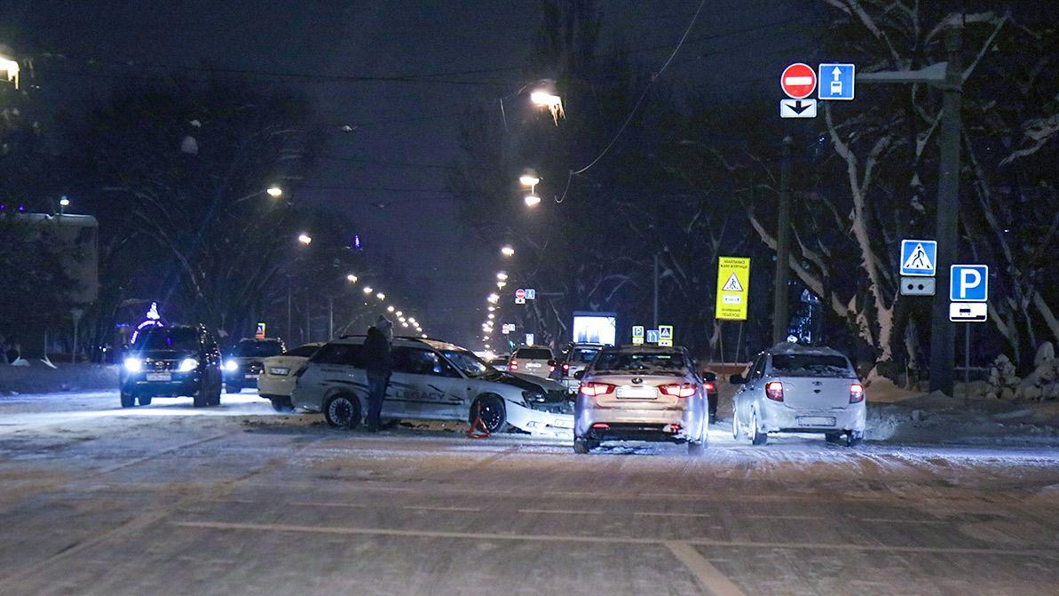 Более 70 аварий произошло в Алматы из-за снегопада