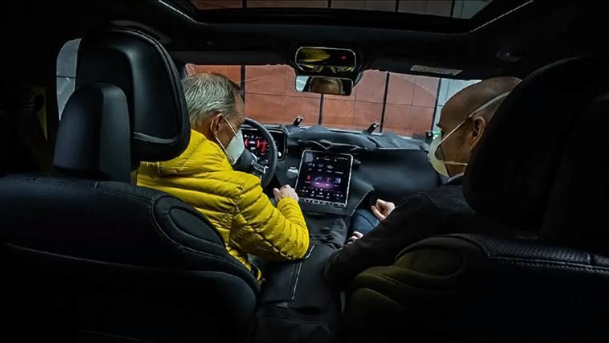 Новый Mercedes-Benz C-Class только с четырьмя цилиндрами