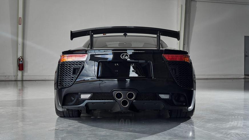 Это самый дорогой Lexus в мире