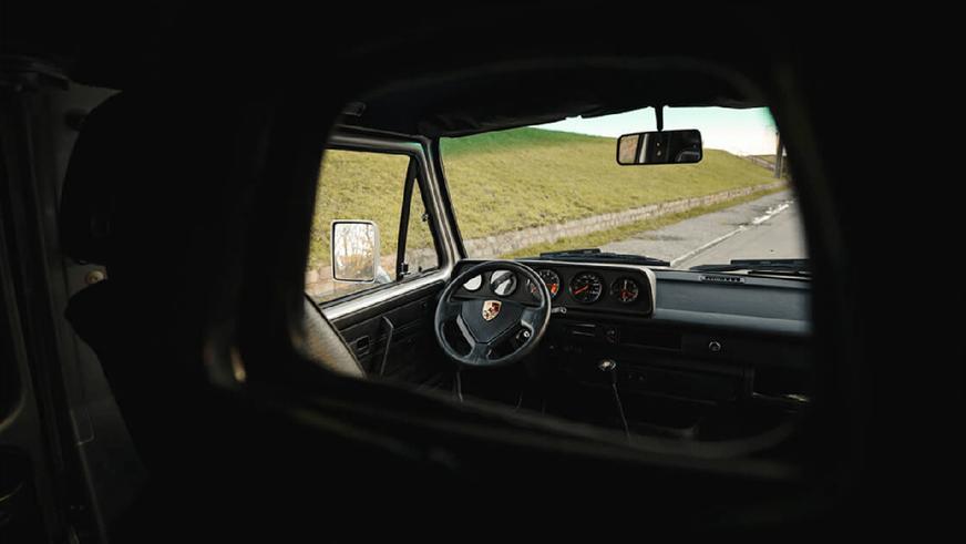 Volkswagen T3 с мотором от Porsche 911 выставили на продажу