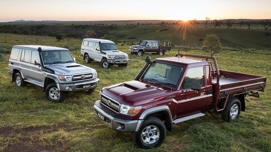 Внедорожник Toyota Land Cruiser 70 жив, жил и будет жить