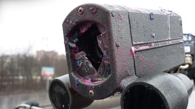 Как в России уничтожают дорожные камеры