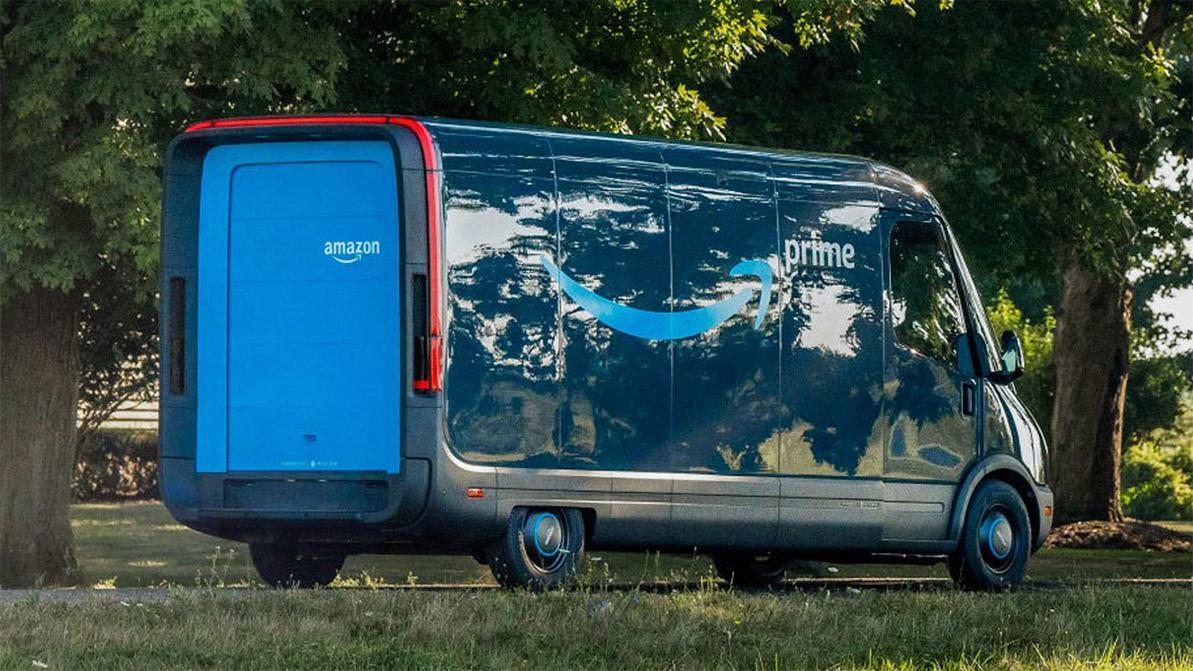 В Amazon хотят, чтобы клиенты трепетали при виде их фургона