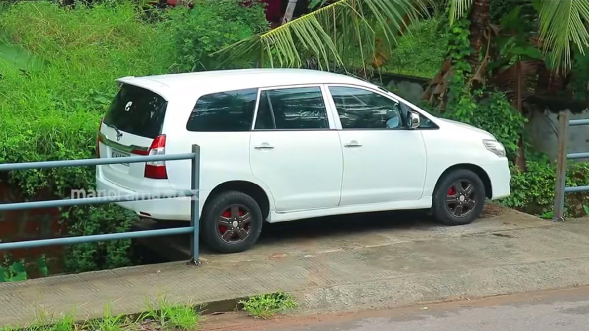 toyota-parking-1