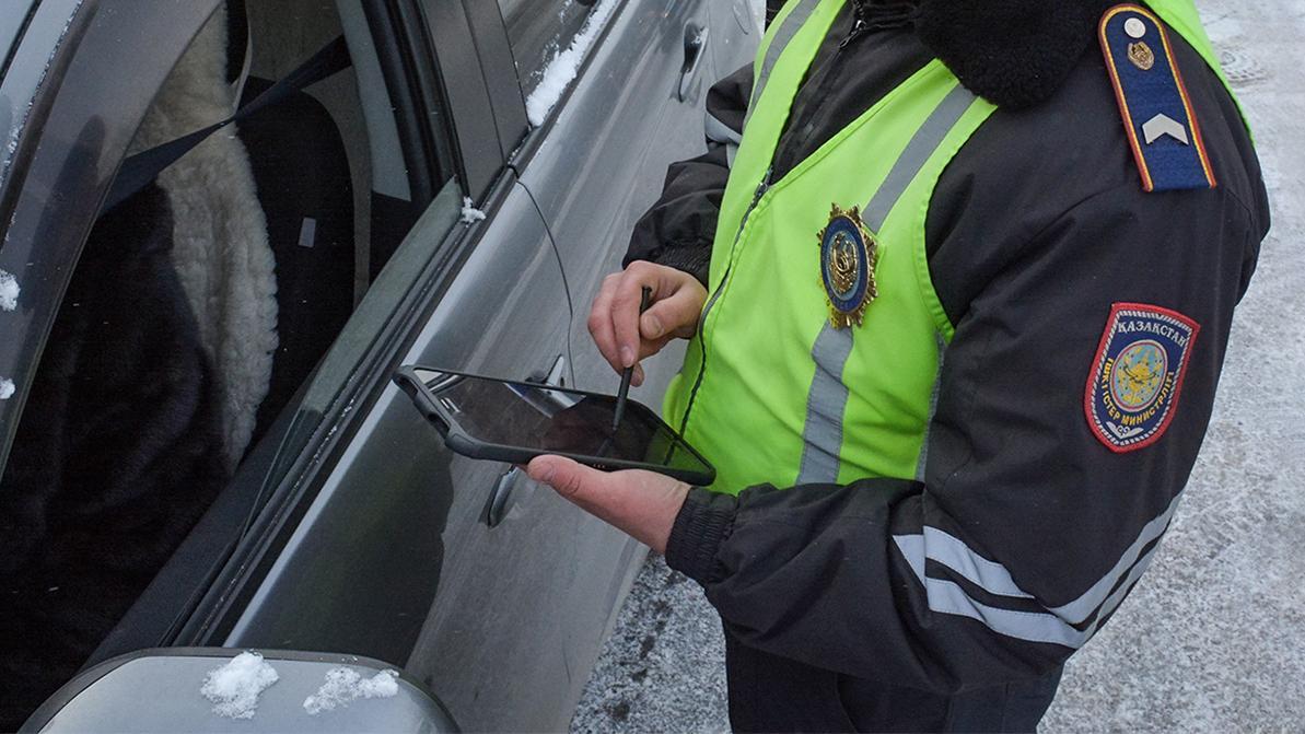 Проверять законность переоборудования полицейские теперь могут через планшеты