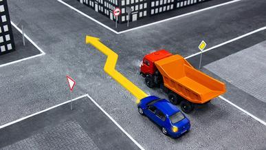 Школа «Колёс»: обгон на перекрёстке