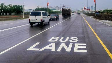 В Нур-Султане отказались от одной из автобусных полос