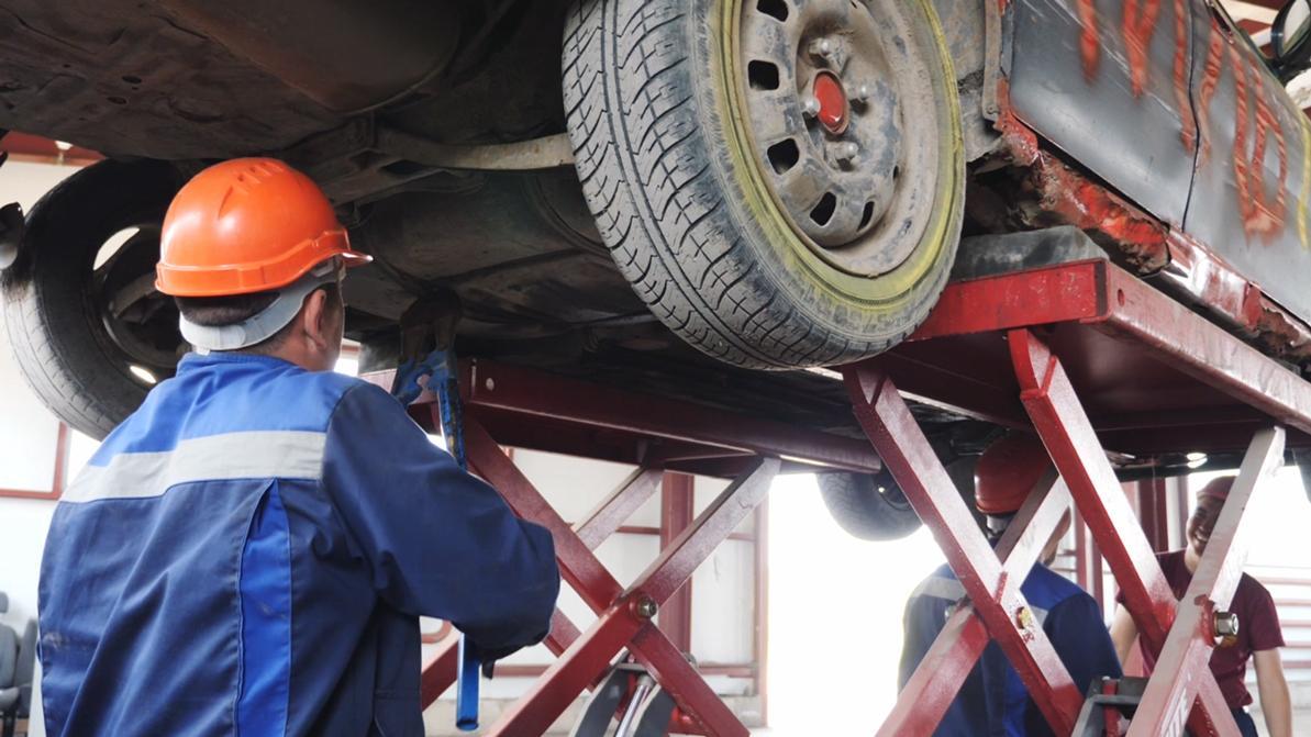 Как и куда сдать старую машину на утилизацию в Казахстане
