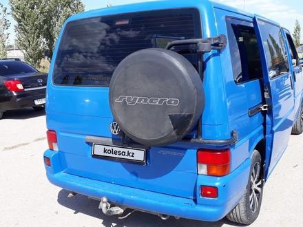 Volkswagen Transporter 2003 года за 4 900 000 тг. в Актобе – фото 4