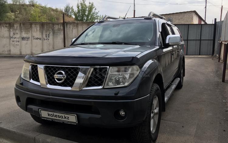 Nissan Navara 2009 года за 5 500 000 тг. в Алматы