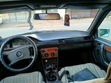 Mercedes-Benz E 200 1987 года за 1 000 000 тг. в Жезказган – фото 5