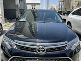 Toyota Camry 2017 года за 12 800 000 тг. в Шымкент