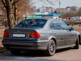BMW 523 1996 года за 3 500 000 тг. в Жанаозен – фото 2