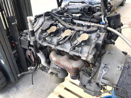 Двигатель на Mercedes S 55 за 101 010 тг. в Алматы