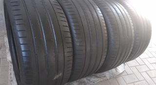 295. 35.ZR21-осталось 2шт. Pirelli Pzero tm r01 за 70 000 тг. в Алматы