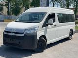 Toyota HiAce 2020 года за 22 700 000 тг. в Шымкент