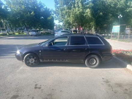 Audi A4 1997 года за 1 700 000 тг. в Шымкент – фото 2