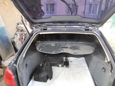 Audi A4 1997 года за 1 700 000 тг. в Шымкент – фото 4