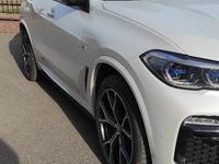 BMW X5 2021 года за 45 500 000 тг. в Нур-Султан (Астана)