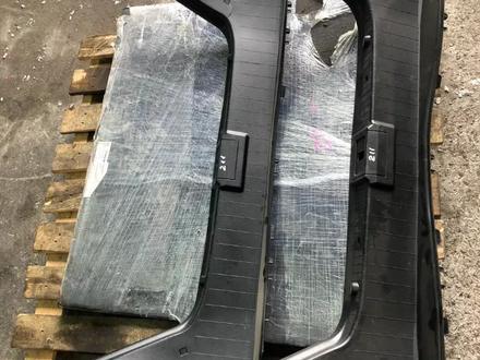 Пластик багажника на Mercedes e320 w211 за 15 000 тг. в Алматы