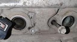 Головка на двигатель 3.5 Тойоту хайлендер за 10 000 тг. в Алматы