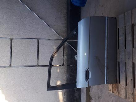 Дверь передняя правая за 10 000 тг. в Алматы – фото 2