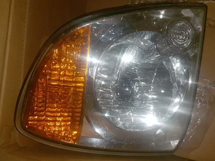 Фара передняя правая на хундай портер Н100 за 15 000 тг. в Алматы