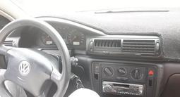 Volkswagen Passat 2000 года за 1 750 000 тг. в Алматы – фото 4
