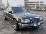 Mercedes-Benz E 280 1994 года за 2 950 000 тг. в Алматы – фото 4