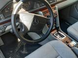 Mercedes-Benz E 220 1994 года за 2 500 000 тг. в Шымкент – фото 5