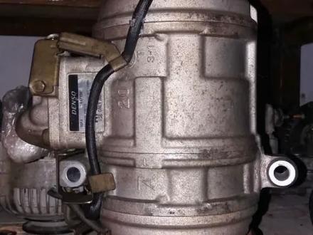 Компрессор кондиционера Тойота Ленд Крузер 100 за 100 000 тг. в Петропавловск