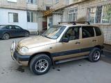 Chevrolet Niva 2006 года за 1 500 000 тг. в Уральск – фото 4