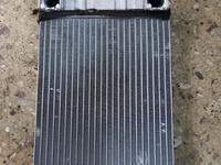 Радиатор печки мерседес С 203 за 20 000 тг. в Караганда
