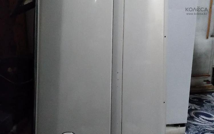 Дверь передняя правая за 35 000 тг. в Алматы