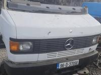 Мерседес 609 709 809 капот с Европы в Караганда