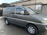 Hyundai Starex 2001 года за 1 950 000 тг. в Туркестан – фото 2