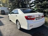 Toyota Camry 2012 года за 11 000 000 тг. в Алматы – фото 2