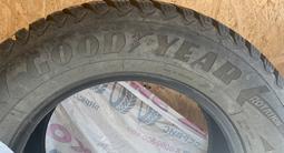 Зимние шипованные шины — good year за 180 000 тг. в Нур-Султан (Астана) – фото 4