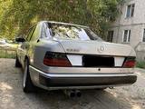 Mercedes-Benz E 230 1989 года за 1 000 000 тг. в Талдыкорган – фото 4
