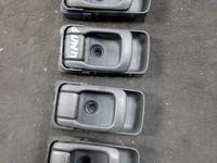 Ручки дверей внутренние на Subaru Impreza за 1 111 тг. в Алматы