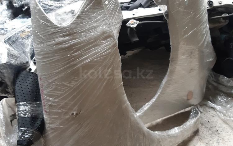 Крыло Toyota Ipsum из Японии оригинал за 20 000 тг. в Уральск