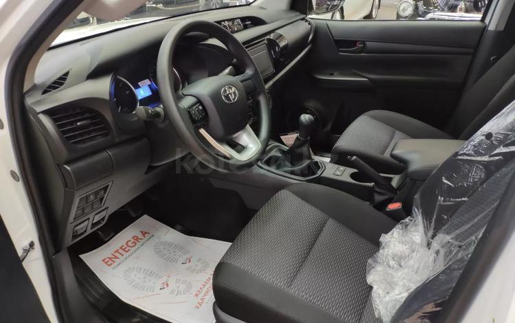 Toyota Hilux 2019 года за 16 300 000 тг. в Актау
