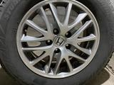 215/65/16 резина Bridgestone с дисками за 160 000 тг. в Алматы