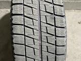215/65/16 резина Bridgestone с дисками за 160 000 тг. в Алматы – фото 2