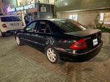 Mercedes-Benz C 240 2001 года за 3 099 999 тг. в Актау – фото 4