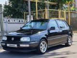 Volkswagen Golf 1997 года за 2 400 000 тг. в Алматы – фото 2