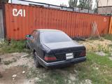 Mercedes-Benz E 300 1991 года за 750 000 тг. в Алматы – фото 4