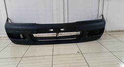 Передний бампер Nissan Primera 96-98 год за 24 000 тг. в Нур-Султан (Астана)